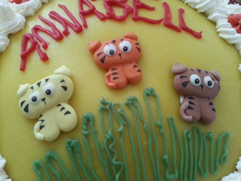 Kakku oli yhtä söpö kuin päivänsankarikin <3