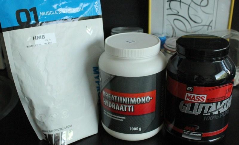 HMB, kreatiini monohydraatti ja glutamiini.