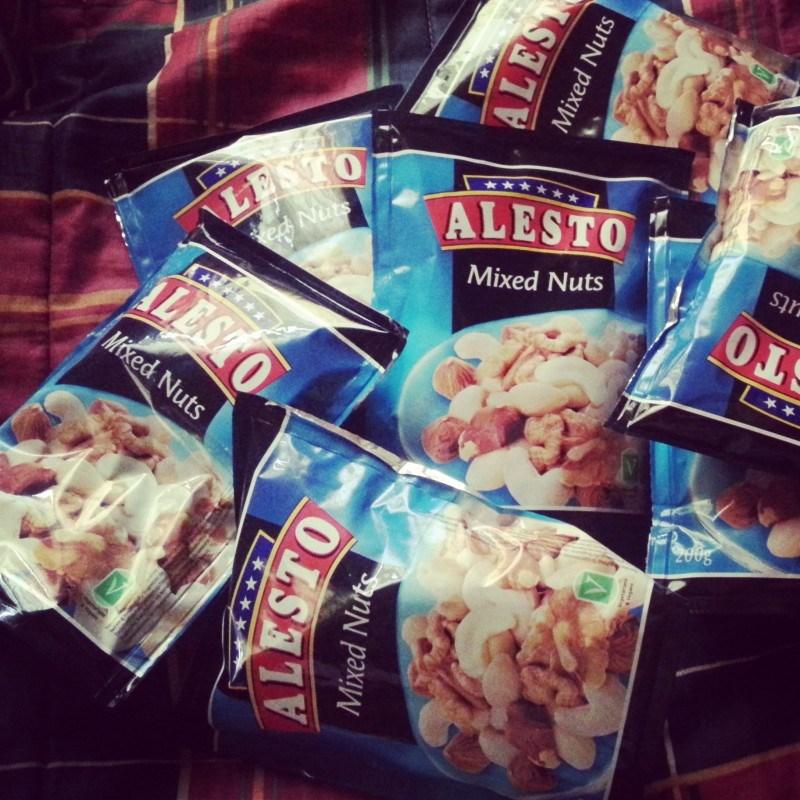 Lidlissä kävin täydentämässä pähkinävarastoja :D
