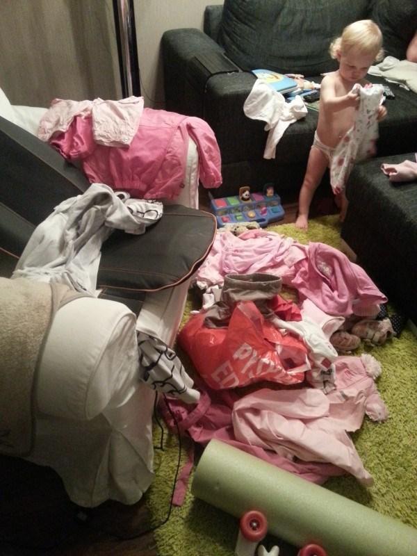 Kun lapsella on aivan liikaa vaatteita...