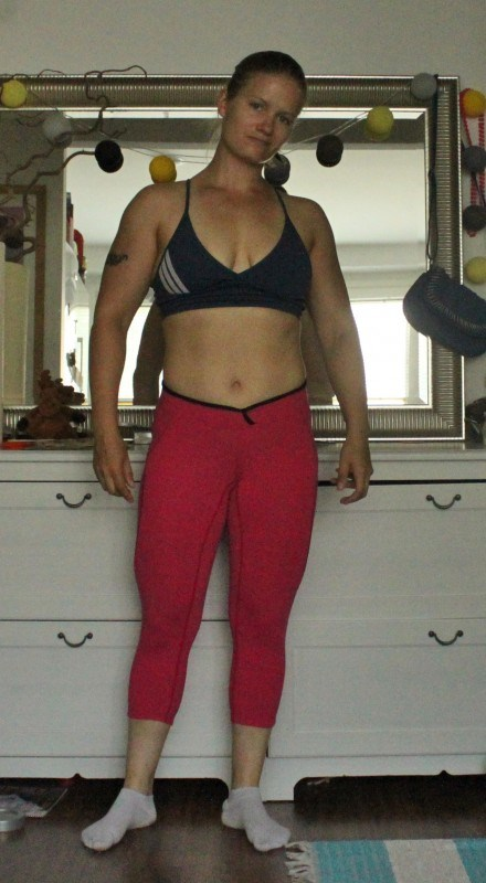 Better bodies shaped 3/4 tights Hot pink. Nää vilahti noissa treenikuvissakin :)