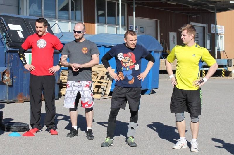 HEat 3: Timopekka Koljonen CF Jyväskylä, Ossi Rantanen CF Lohja, Pauli Majakero CF Kerava ja Timo Rinne CF Vantaa.