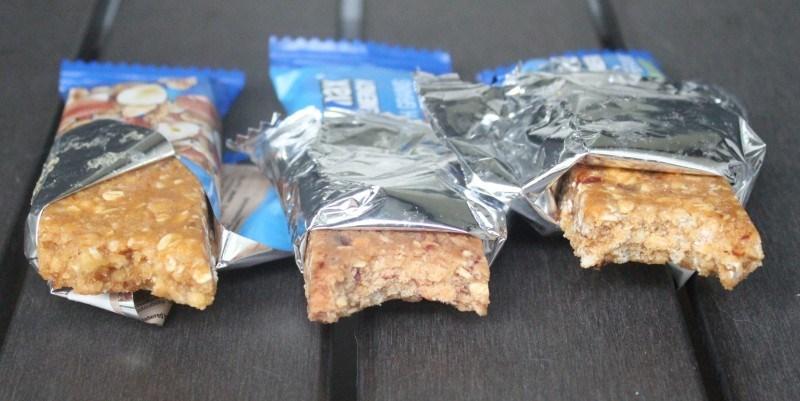 Hasselpähkinä-manteli / karpala / omena-kaneli