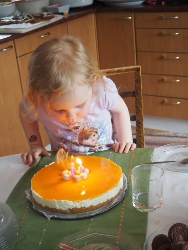 Samalla reissulla juhlittiin myös tytön 3-vuotis synttäreitä Kuopion puolen suvun kanssa :)