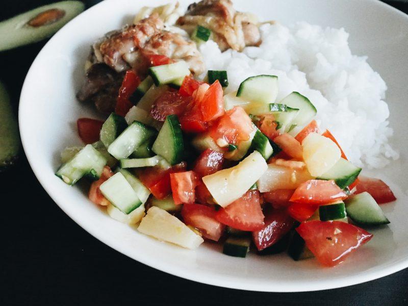 koskenlaskija-broilerit ja tomaatti-ananassalsa
