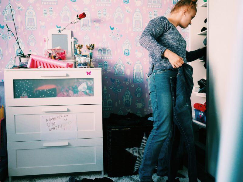 7 syytä miksi säilytämme vaatteita, joita emme käytä
